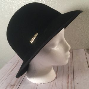 Vince Camuto Black 100% Wool adjustable hat